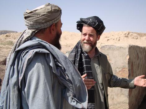 Старейшины обычно никогда не разговаривают с людьми с Запада